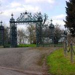 Elmore Court Gates